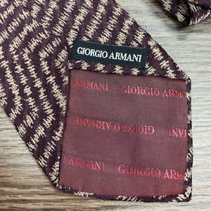 Giorgio Armani Maroon & Tan Chevron Pattern Tie